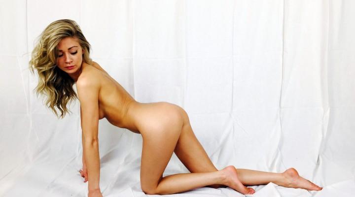 AubriLuv-avatar-naked